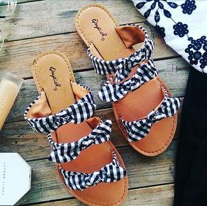 🆕//The Francis baby// Plaid triple bow Sandal
